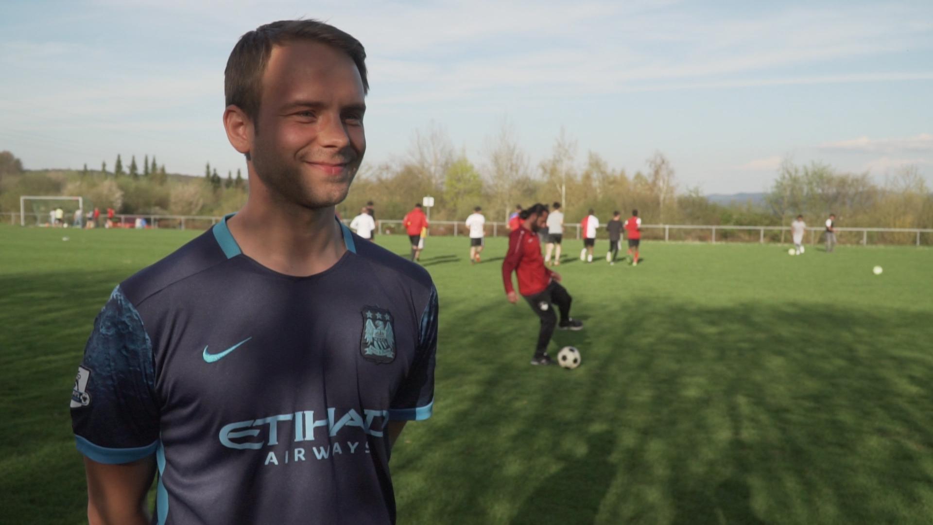 Mariusz ist stolz, für den SV Aschenberg United spielen zu können.